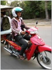 20090208_043_tuktuks.jpg